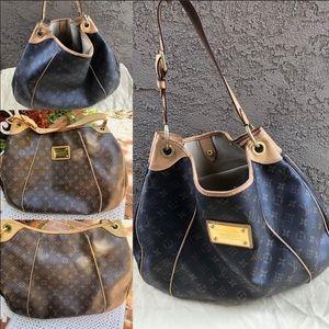 Louis Vuitton Bags - ✅DISCONTINUED JUMBO RARE HOBO LOUIS VUITTON